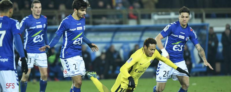 2 décembre 2017 | Le grand PSG de Mbappé et Neymar tombe à la Meinau (2-1)